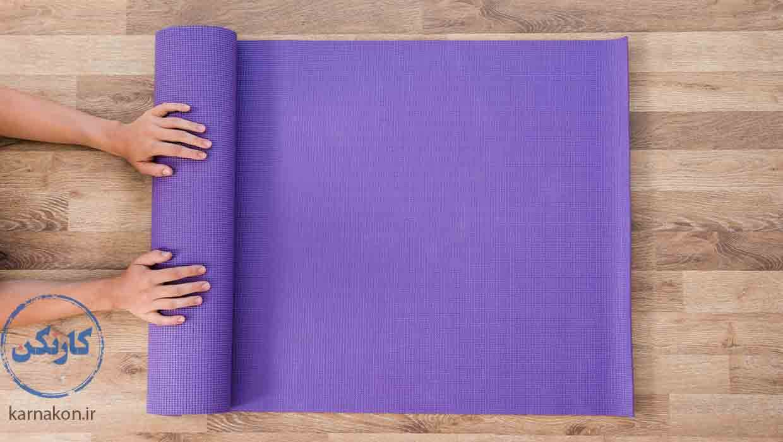 شکت در کلاس یوگا به تقویت هوش بدنی جنبشی کمک میکند.