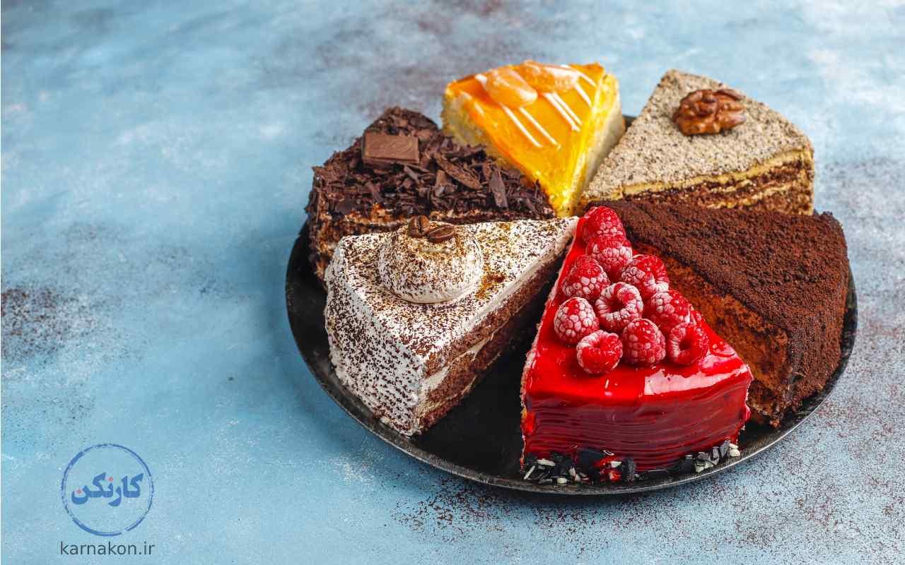 یکی از انواع کار در منزل، شیرینی پزی است.