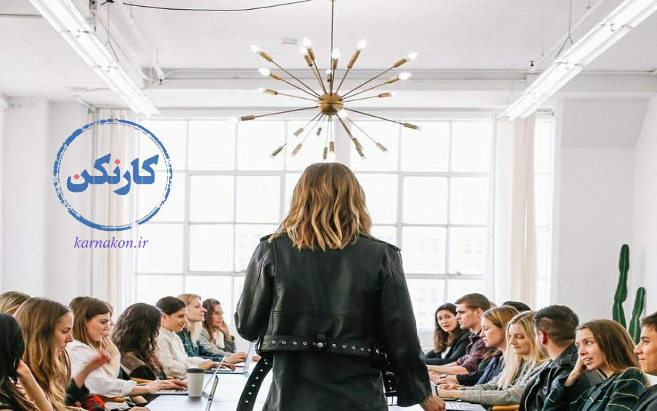 کسب درآمد از طریق طراحی لباس - کارکردن در گروههای بزرگ میتواند تجربه شما را در مدت کوتاهی افزایش دهد!