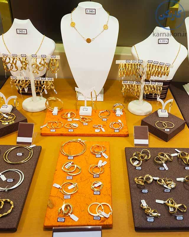 جواهرات فروشان احتمالاً جزو شغل هایی که در آینده از بین میروندهستند.