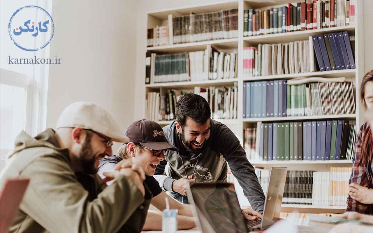 به نظر شما برای تقویت هوش هیجانی چه باید کرد ؟ توصیه ما، تقویت مهارتهای اجتماعی است.
