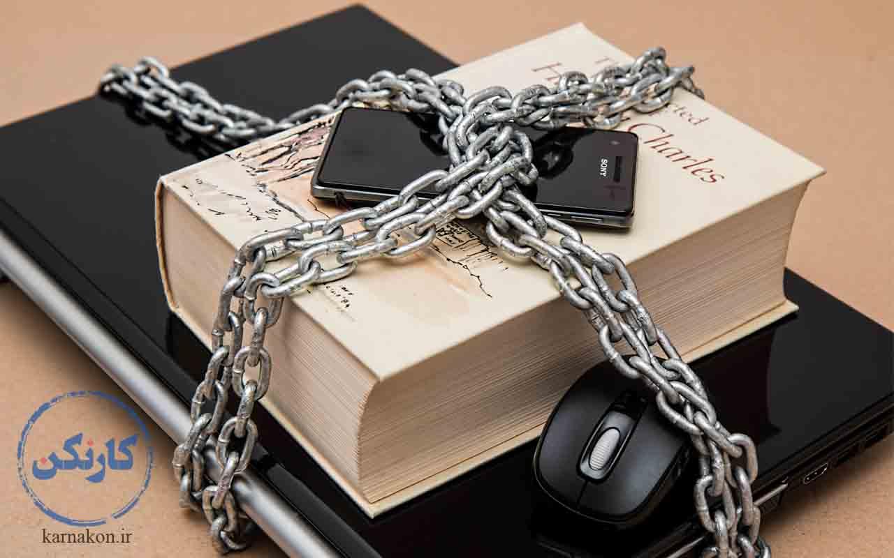 توضیح فریلنسر به زبان ساده این است، یک لپتاپ یا موبایل و دانش و مهارت یا کتاب. تحقیق در مورد فریلنسر قفلی است که کلید آن در اینترنت است